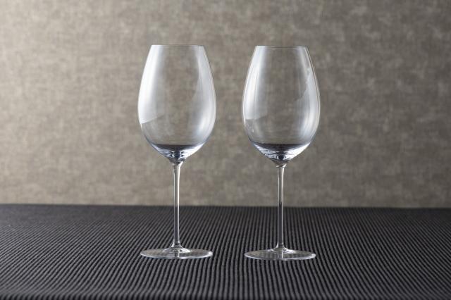 酒器:ワイングラス