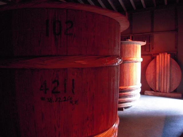 醤油の木桶イメージ