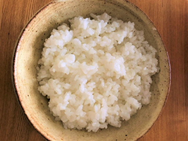 炭水化物…米