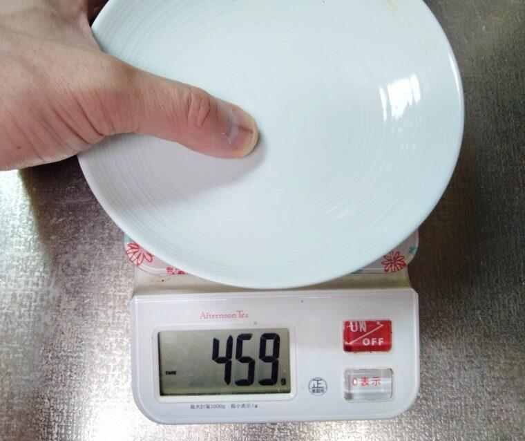 大豆をつぶして柔らかさを測る